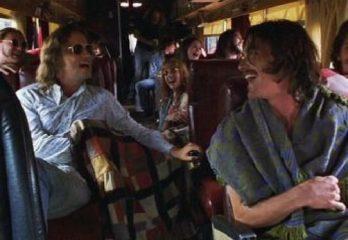 lmost famous escena bus